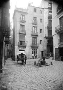 plaça Maria Isabel - Basea