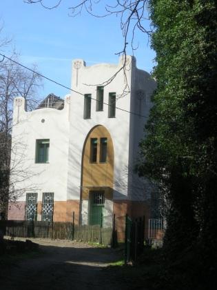 Can Sissí - abeurador i torre modernista - camí del Cama-sec, 5 (4)
