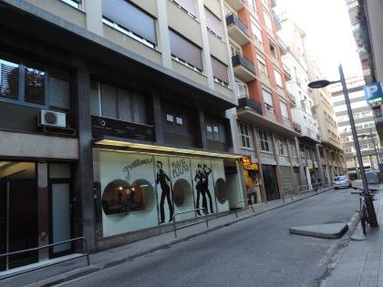 La Granada, 25, Flash-flash