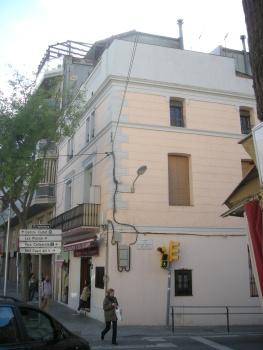 plaça de Vallvidrera - Can Planas