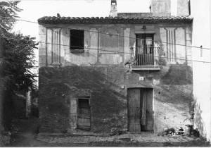 Façana_amb_rellotge_de_sol_de_Can_Casals, Horta, CEC